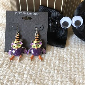 Adorable dressed-up owl earrings